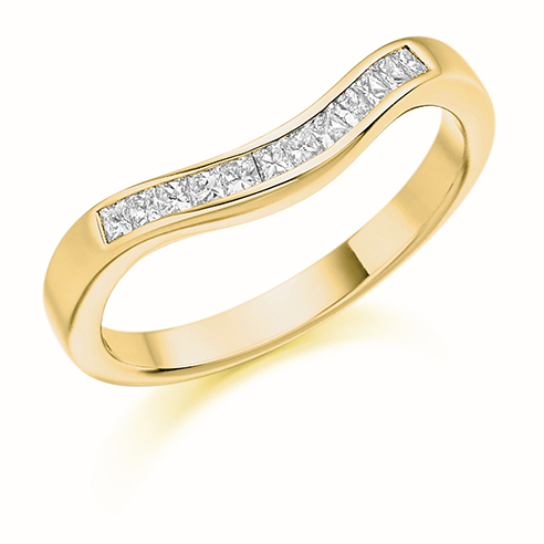 Princess Cut Curved Diamond Ring