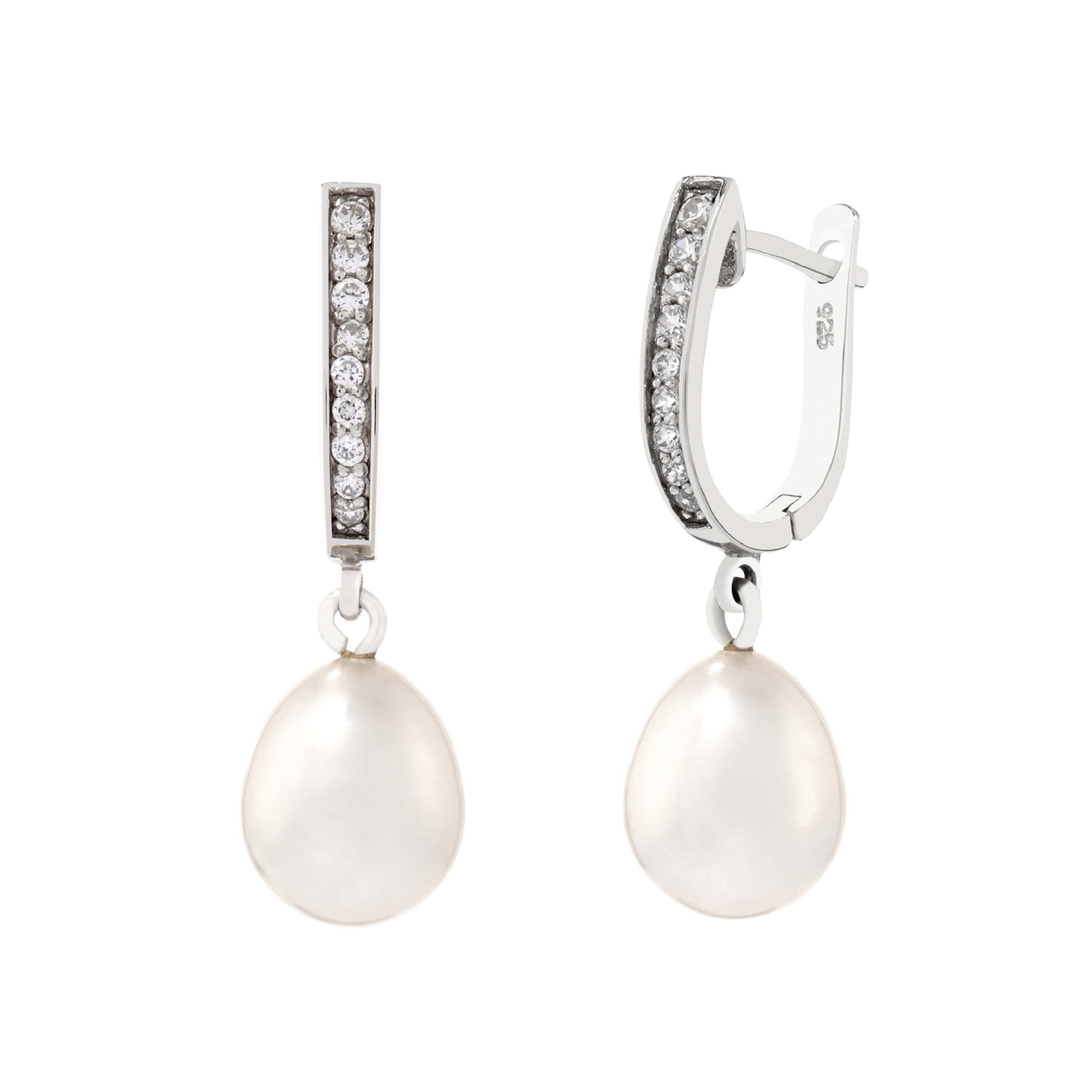 Pearl Earrings by Bijoux Jewels